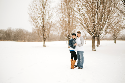 Winter maternity photographer St. Cloud MN